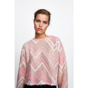 Zara Basic Textured Chevron Sweater Size M